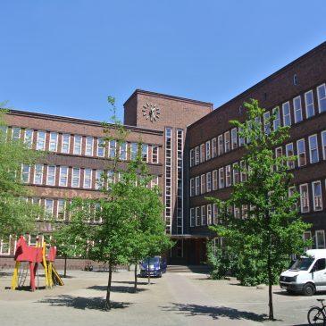 Bauarbeiten an der Grundschule am Weißen See haben begonnen